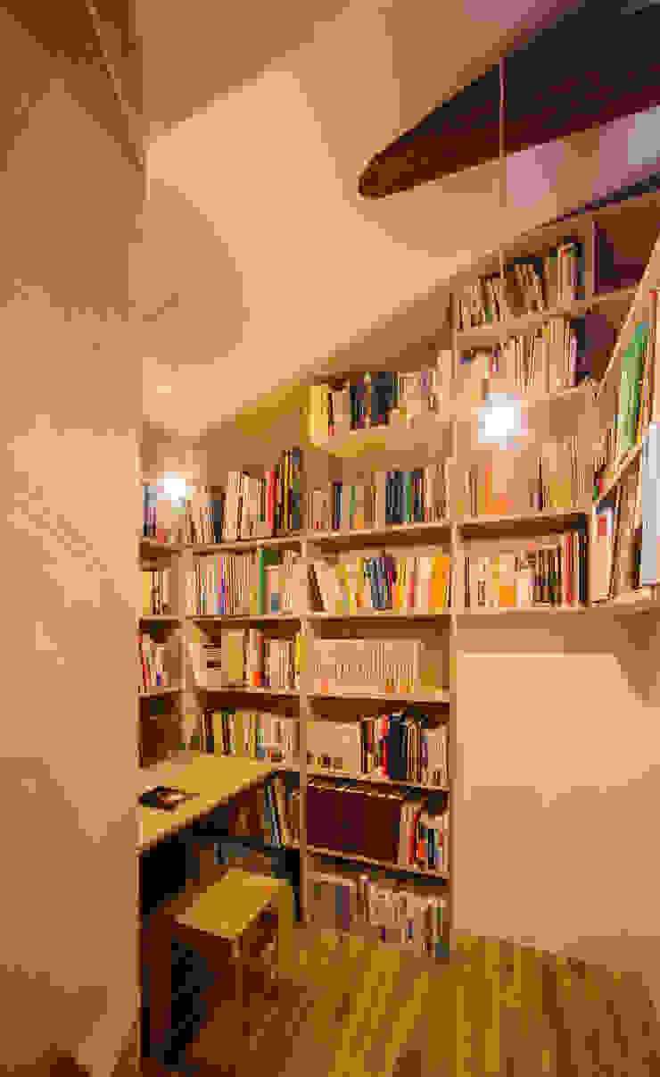 Modern study/office by スズケン一級建築士事務所/Suzuken Architectural Design Office Modern
