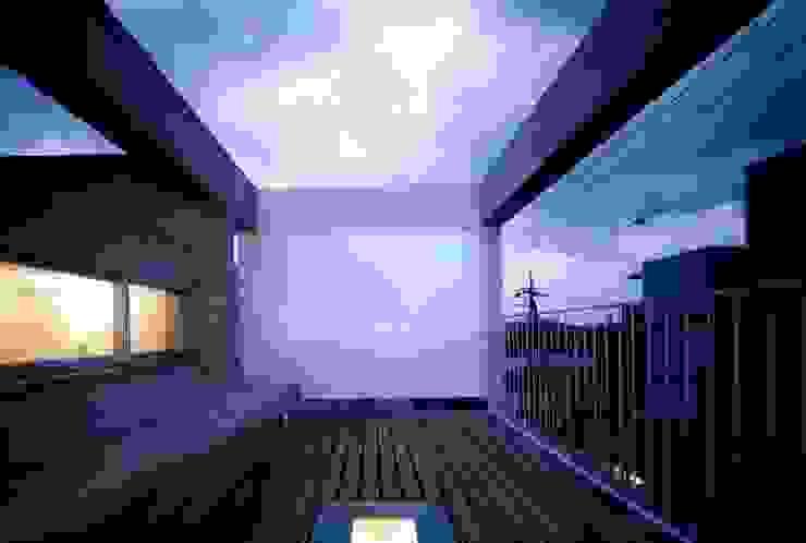 板の家 ミニマルデザインの テラス の スズケン一級建築士事務所/Suzuken Architectural Design Office ミニマル