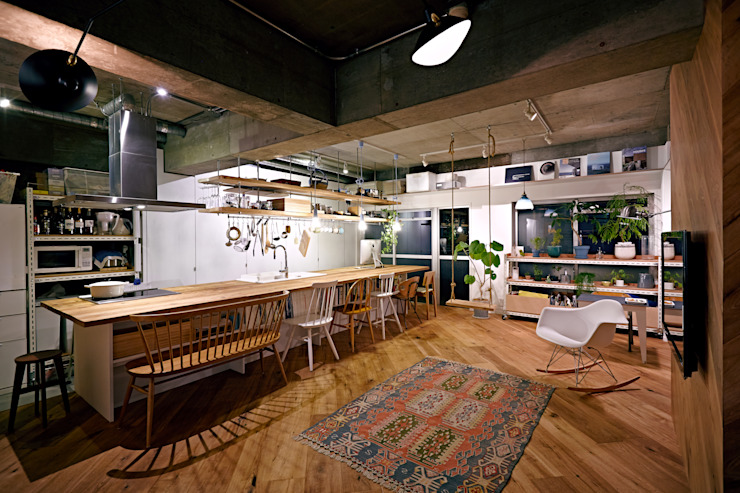 Industrial style dining room by .8 / TENHACHI Industrial