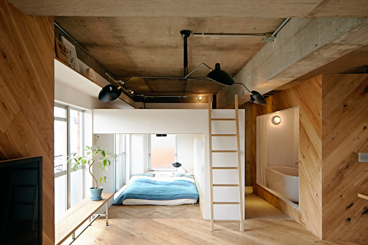 Industrial style bedroom by .8 / TENHACHI Industrial