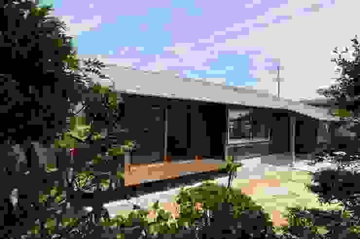 外観 オリジナルな 家 の 加藤武志建築設計室 オリジナル 木 木目調