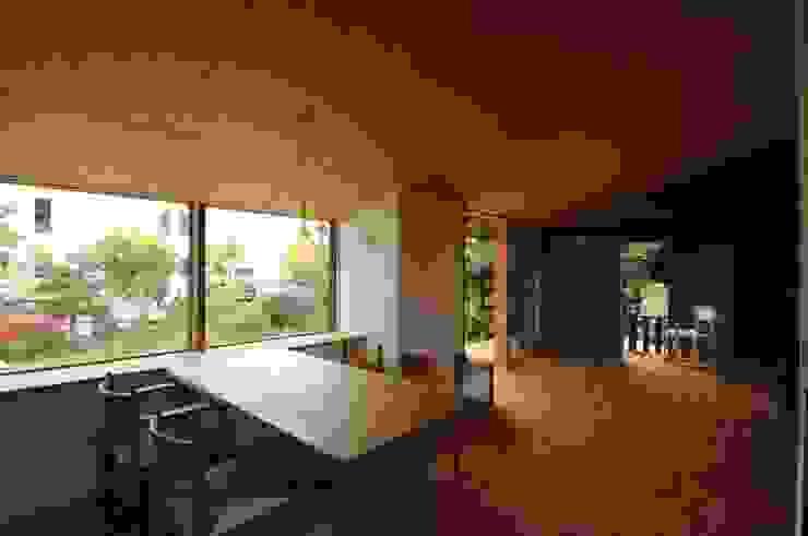 ダイニング オリジナルデザインの ダイニング の 加藤武志建築設計室 オリジナル 木 木目調