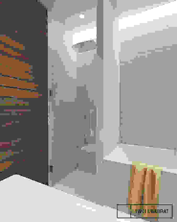 Mieszkanie na warszawskiej Pradze Nowoczesna łazienka od Twój Kwadrat Nowoczesny Cegły