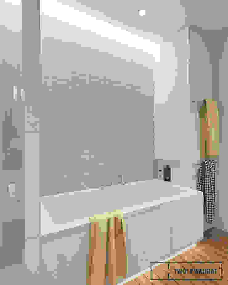 Mieszkanie na warszawskiej Pradze Nowoczesna łazienka od Twój Kwadrat Nowoczesny Lite drewno Wielokolorowy
