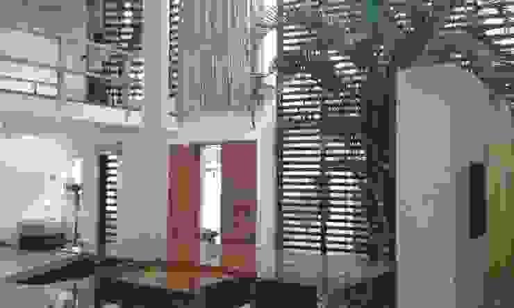Commercial homecenterktm Modern walls & floors