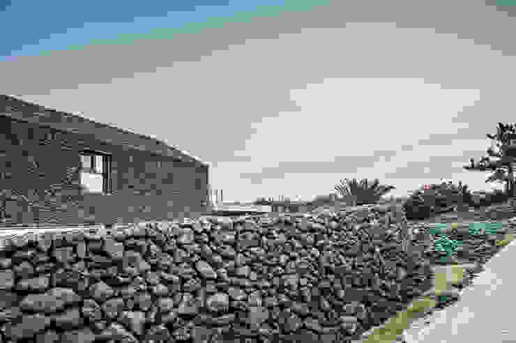 Maisons modernes par ZeroLimitsArchitects Moderne