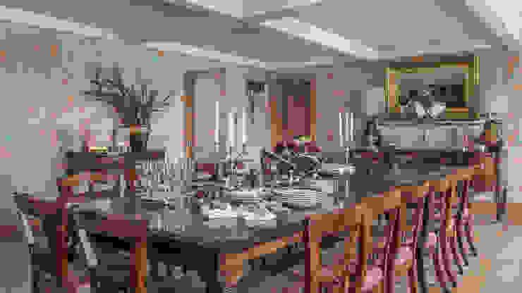 Diningroom Comedores clásicos de homify Clásico