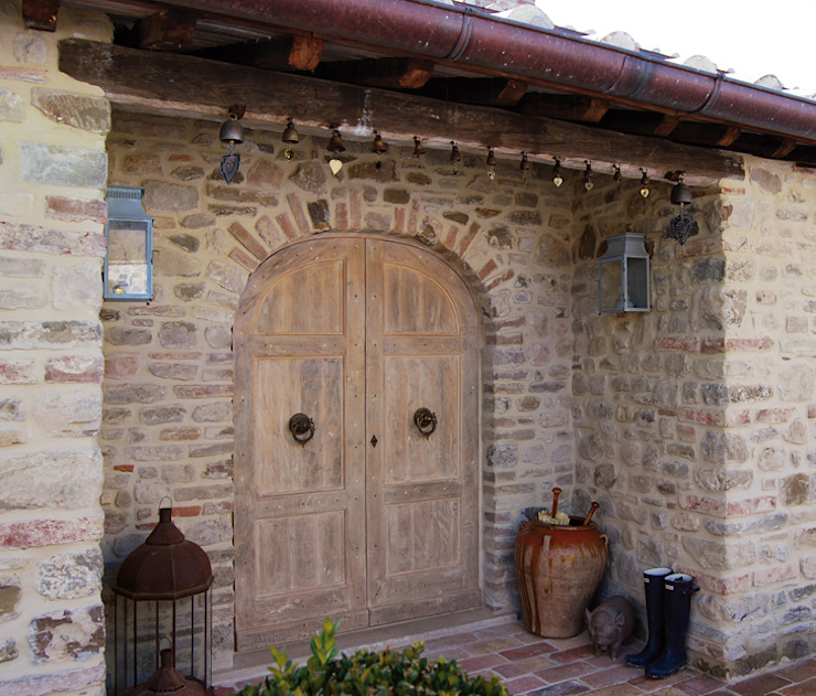 Porte del Passato Windows & doors Doors