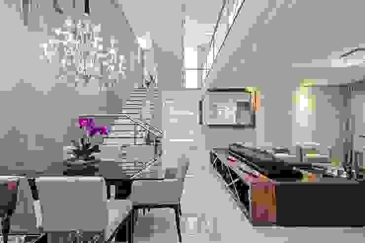 Salas Salas de jantar modernas por Patrícia Azoni Arquitetura + Arte & Design Moderno