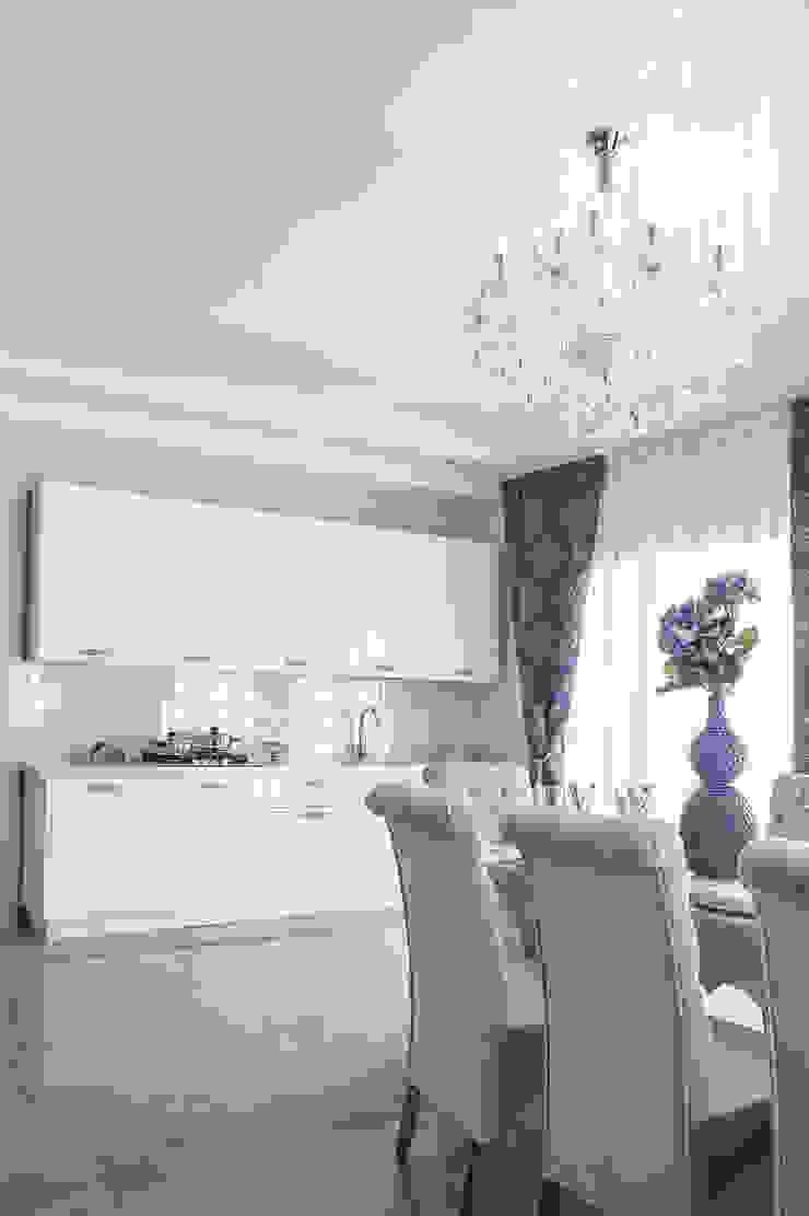 Загородный дом Троица 70 кв.м Кухня в классическом стиле от Дизайн студия fabrika Классический