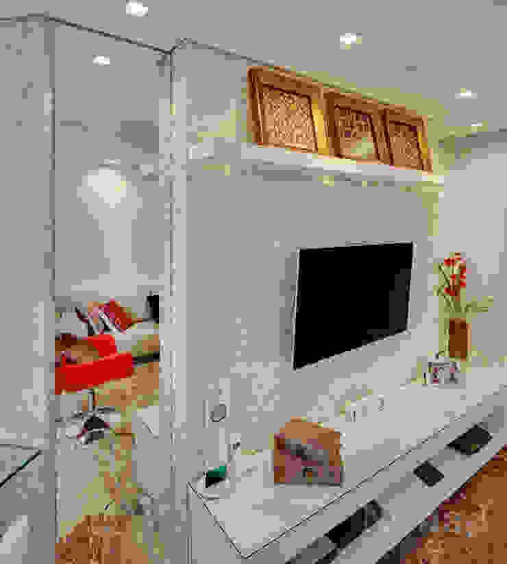 Apartamento Casal Jovem por Letícia Bowoniuk Arquitetura e Interiores Minimalista
