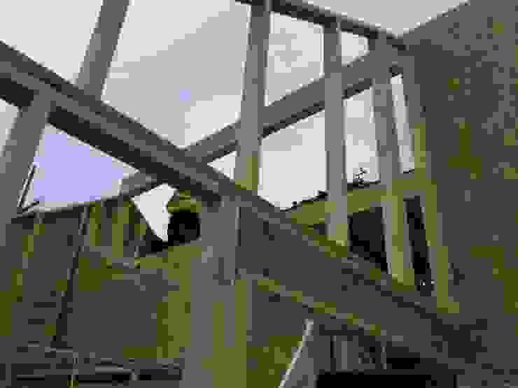 Timber Frame, Elevated Views over River Pentire Дома в стиле минимализм от Building With Frames Минимализм Дерево Эффект древесины