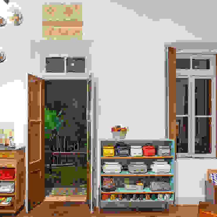 Minimalist offices & stores by Dubal Arquitetura e Design Minimalist