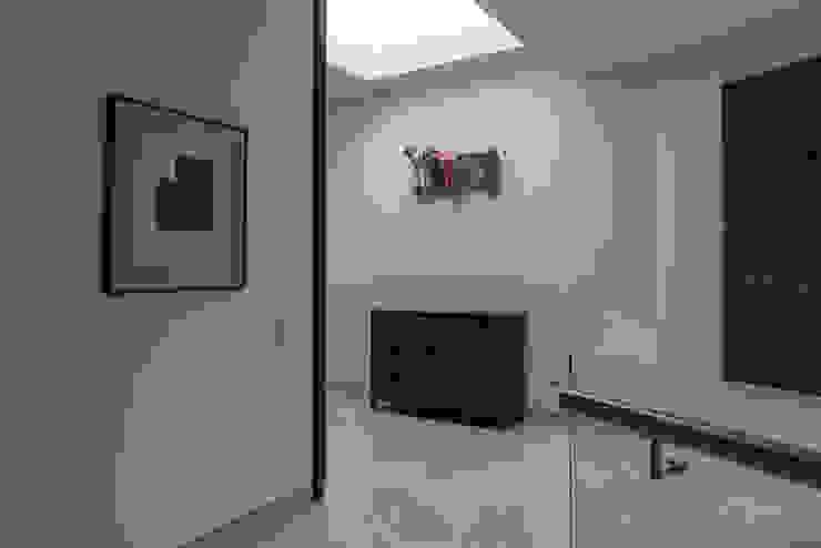 Katerpillar de Studio Orfeo Quagliata Moderno Vidrio