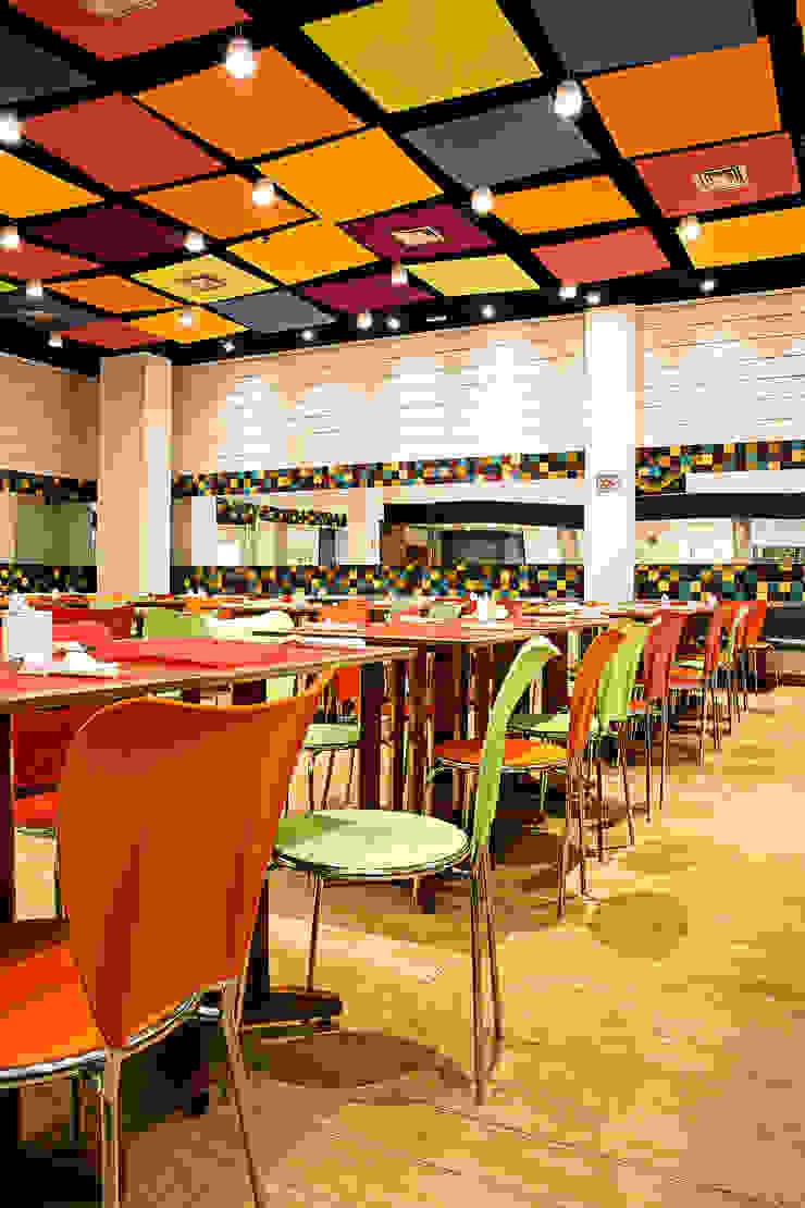 Giulia´s Pizza Espaços gastronômicos modernos por Atmosfera Arquitetura Sociedade Ltda Moderno