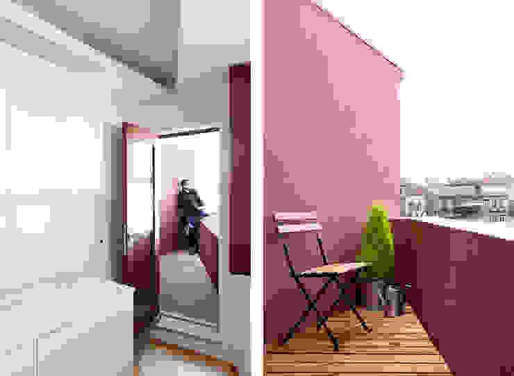 Balcones y terrazas de estilo ecléctico de A2OFFICE Ecléctico