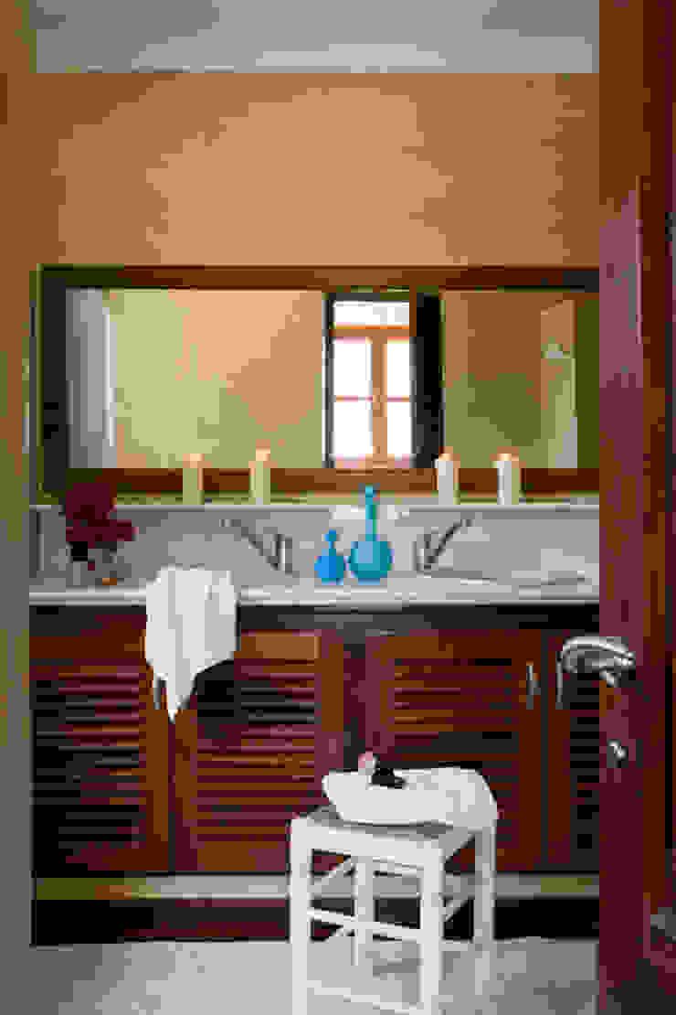 Salle de bain rurale par recdi8 Rural