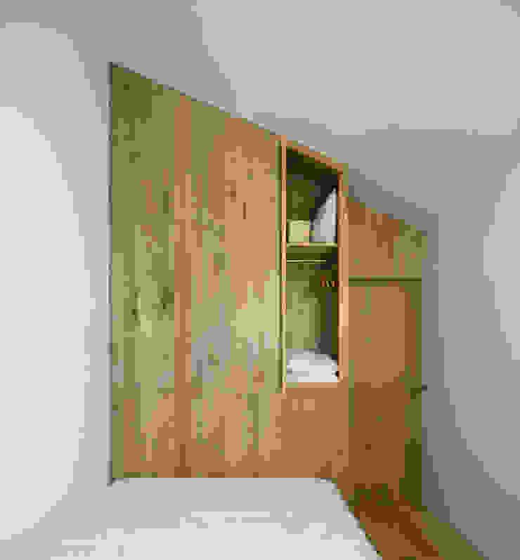 Casa Clara por BICA Arquitectos Minimalista