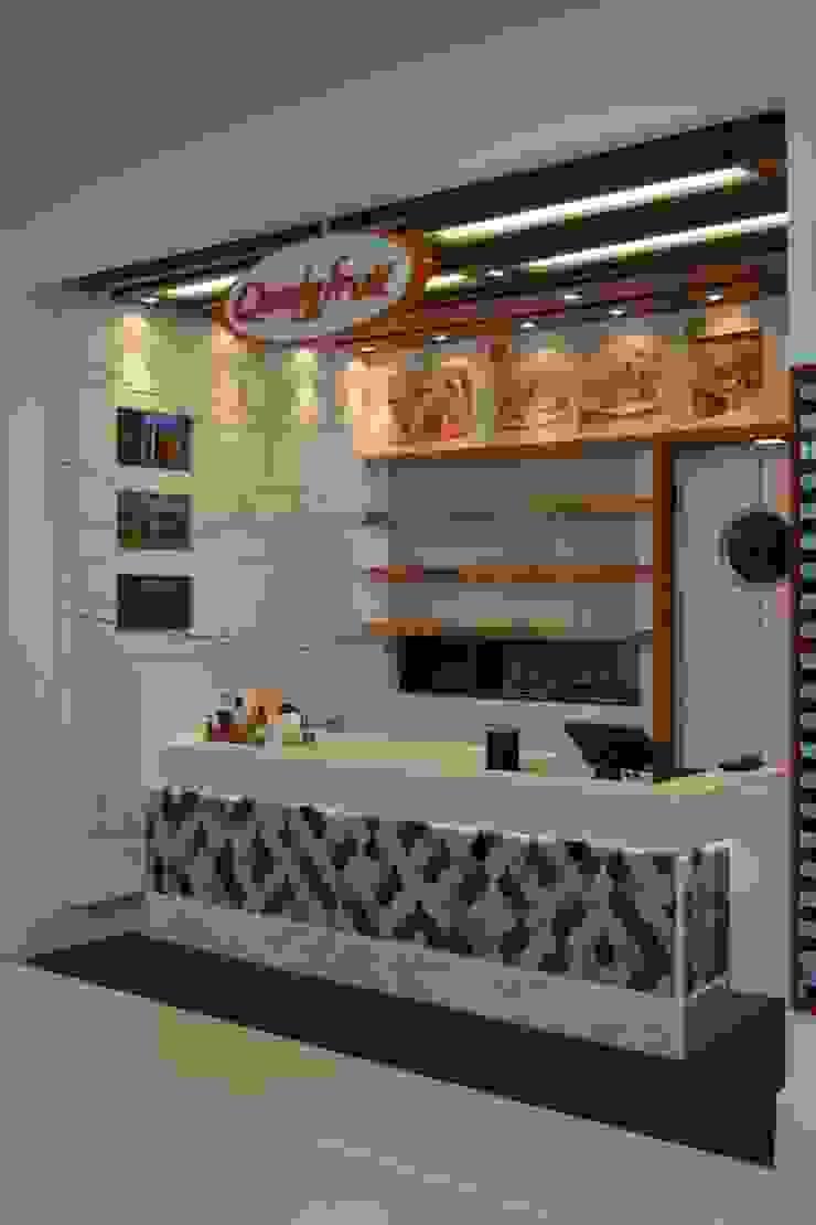Restaurante Qualyfruit Espaços gastronômicos modernos por Atmosfera Arquitetura Sociedade Ltda Moderno