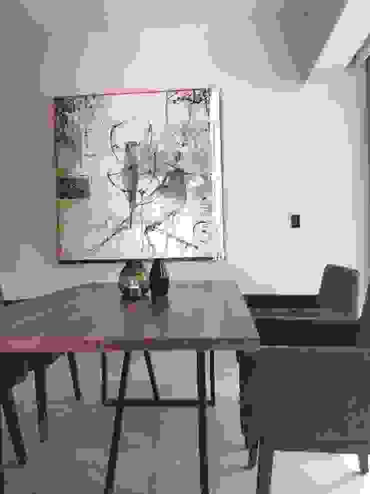 Mesa AZ de Gran Llave Studio 'tu acceso al mundo del diseño' Ecléctico