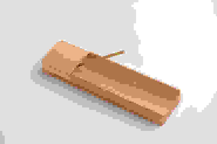 The bamboo – お香たて: 有限会社スペースマジックモンが手掛けた現代のです。,モダン 竹 緑