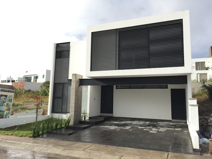 Maisons modernes par SANTIAGO PARDO ARQUITECTO Moderne