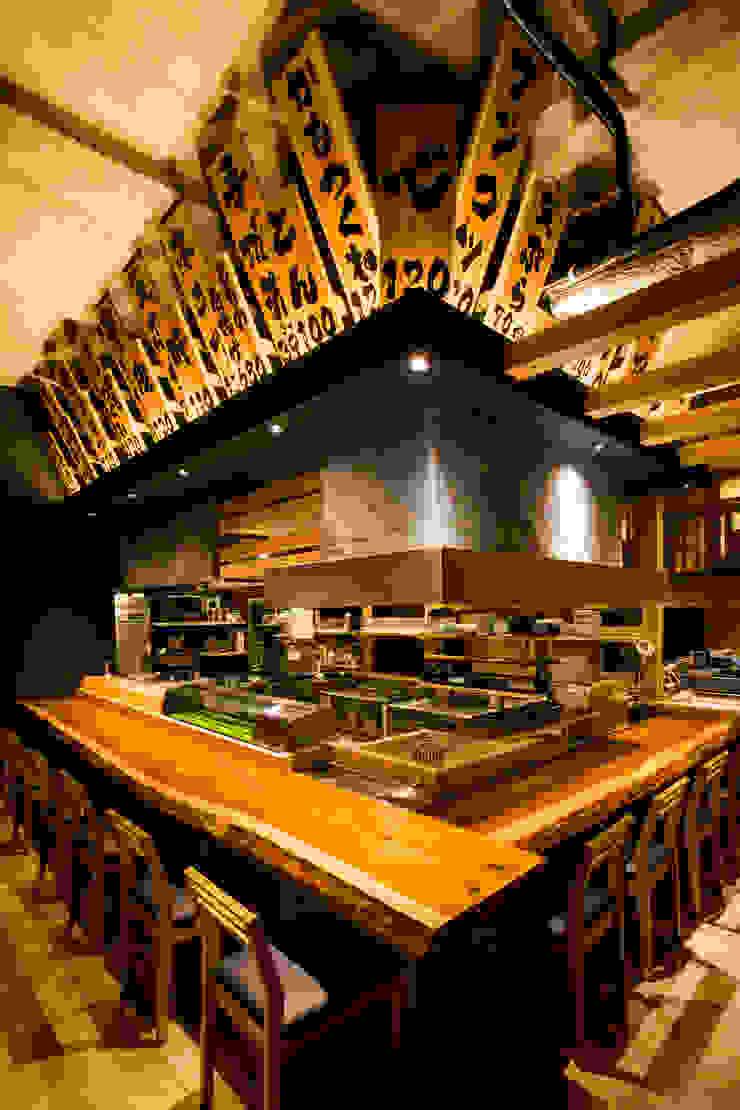 カウンター&囲炉裏 オリジナルなレストラン の TO オリジナル