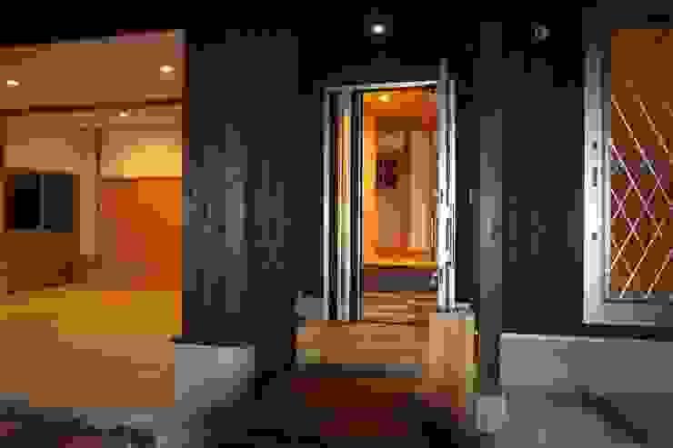 玄関 オリジナルスタイルの 玄関&廊下&階段 の 株式会社粋の家 オリジナル