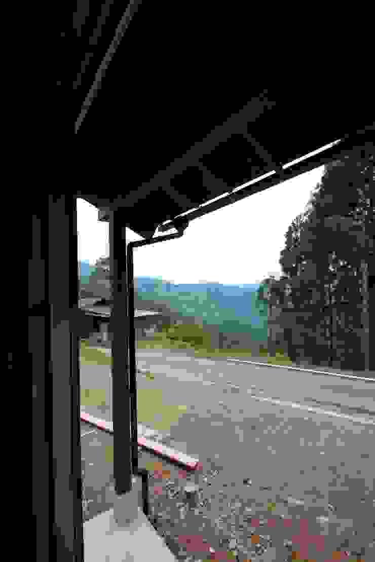 軒の出 オリジナルな 窓&ドア の 株式会社粋の家 オリジナル