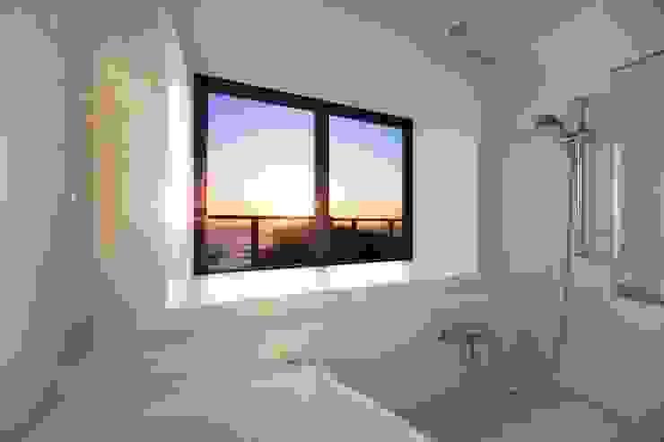 ビューバス オリジナルスタイルの お風呂 の PROSPERDESIGN ARCHITECT OFFICE/プロスパーデザイン オリジナル