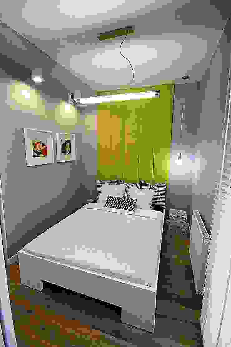 Apartament pokazowy dla dewelopera Nowoczesna sypialnia od KANABE Nowoczesny