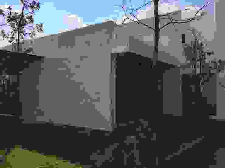 Casa Alv_Mtz. Casas modernas de AD ARQUITECTOS Moderno