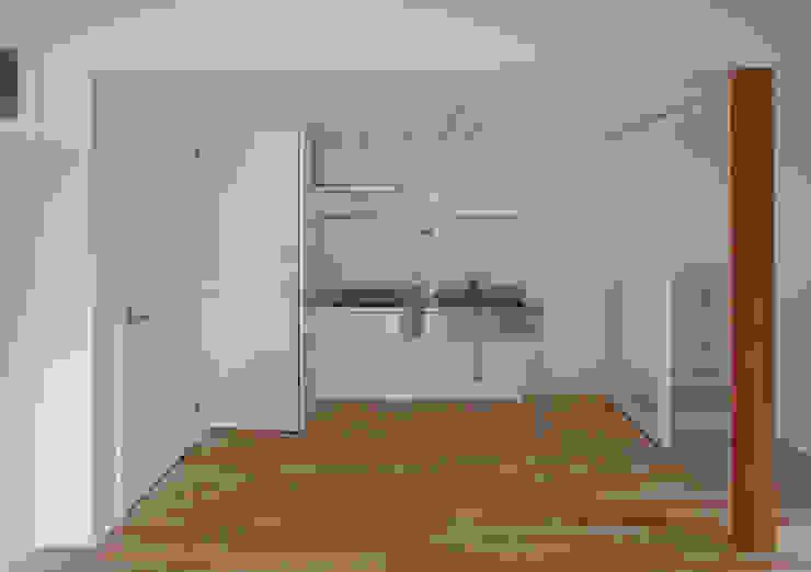 茶室のある家 モダンな キッチン の ユミラ建築設計室 モダン