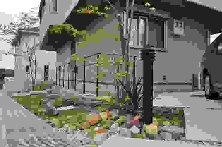 Wa garden 2011 ミニマルな 家 の eni ミニマル