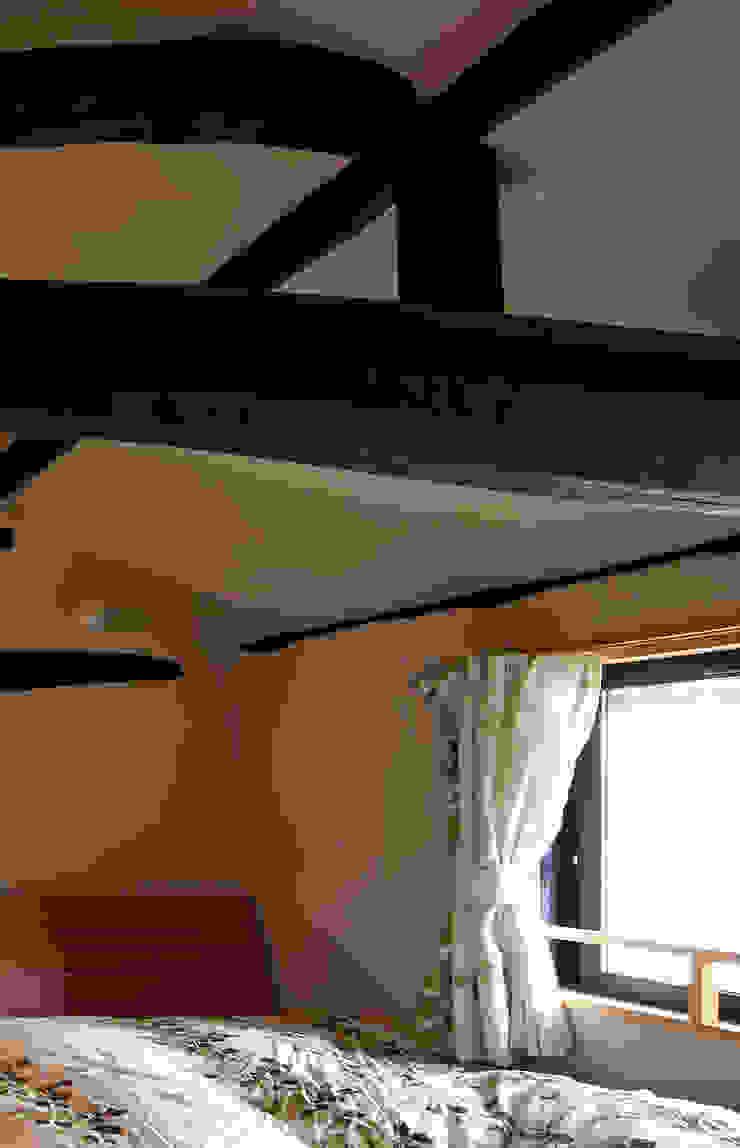 寝室 オリジナルスタイルの 寝室 の 竹内建築設計事務所 オリジナル
