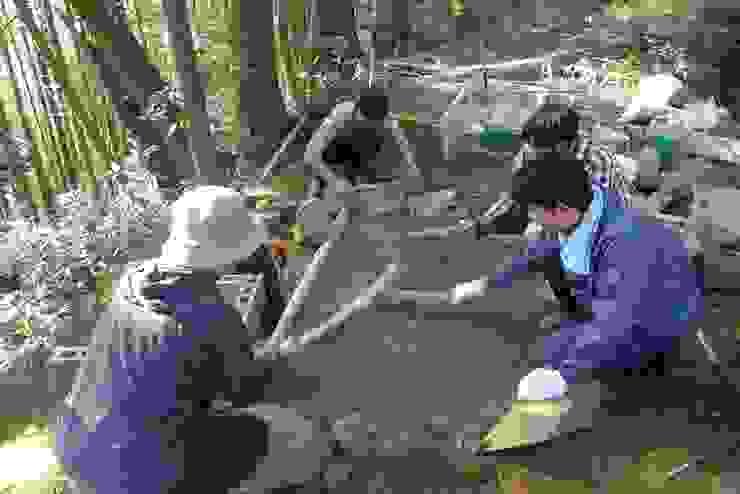 making dirt floor オリジナルな 壁&床 の 建築設計事務所 山田屋 オリジナル 無垢材 多色