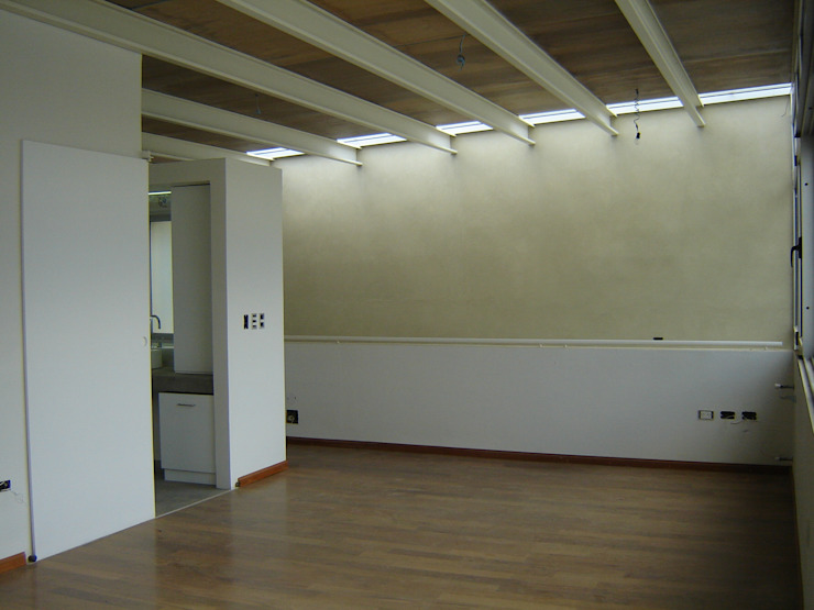 Modern style bedroom by Paula Mariasch - Juana Grichener - Iris Grosserohde Arquitectura Modern