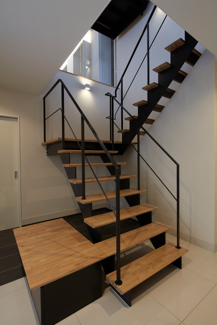 Y邸 オリジナルスタイルの 玄関&廊下&階段 の 株式会社アーキネット京都1級建築士事務所 オリジナル