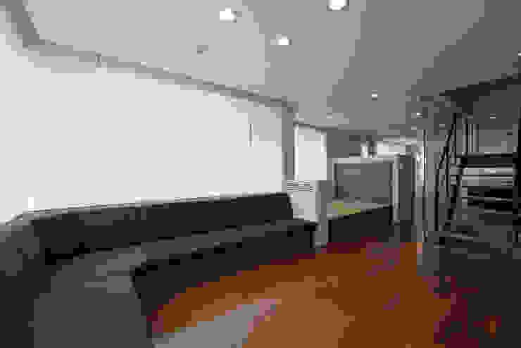 Y邸 オリジナルデザインの リビング の 株式会社アーキネット京都1級建築士事務所 オリジナル