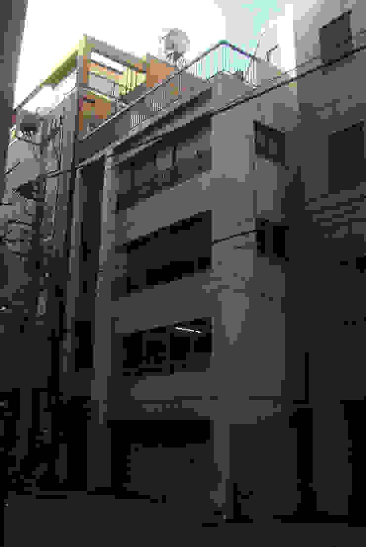 ビフォー: 細江英俊建築設計事務所が手掛けた現代のです。,モダン