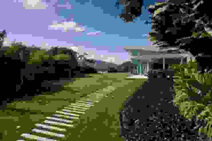 Caney Jardines de estilo moderno de oda - oficina de arquitectura Moderno