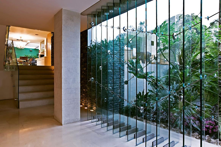 Casa MR: Pasillos y vestíbulos de estilo  por oda - oficina de arquitectura