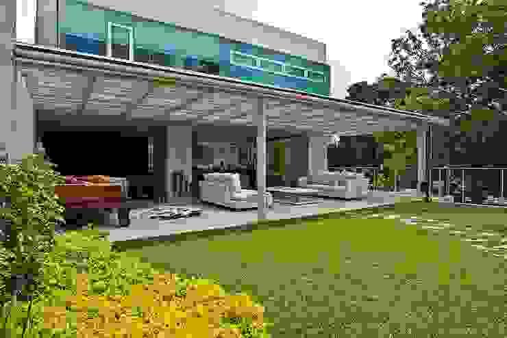 Balcones y terrazas modernos de oda - oficina de arquitectura Moderno