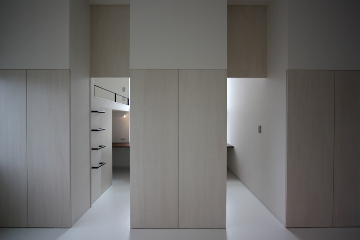 K-house オリジナルデザインの 多目的室 の クコラボ一級建築士事務所 オリジナル