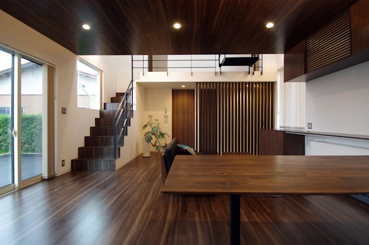 Eclectic style dining room by クコラボ一級建築士事務所 Eclectic