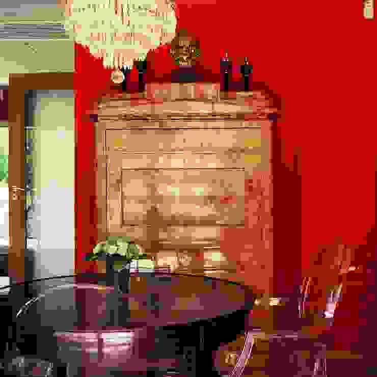 Casa Lisboa Oriental Salas de estar ecléticas por CUBICULUM // arquitectura & interiores Eclético Madeira maciça Multicolor