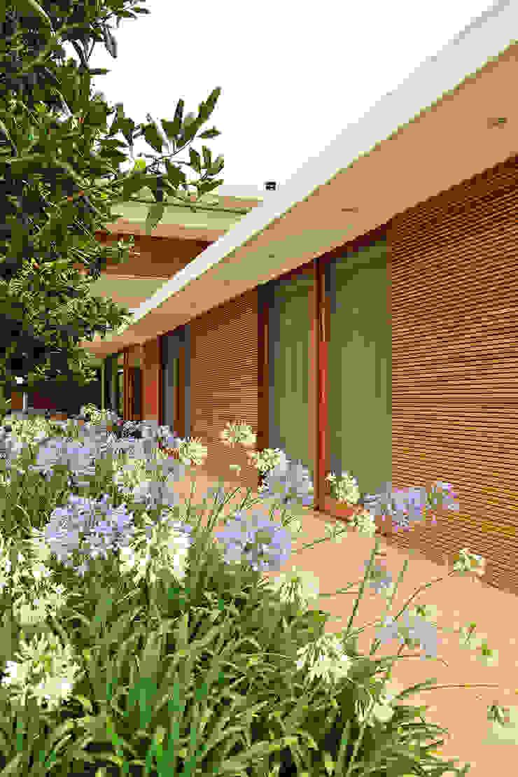 Residência VD Casas modernas por isis chaulon arquitetura Moderno
