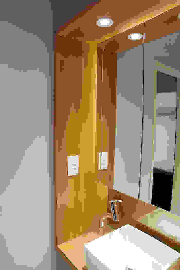 Modern style bedroom by Maxma Studio Modern