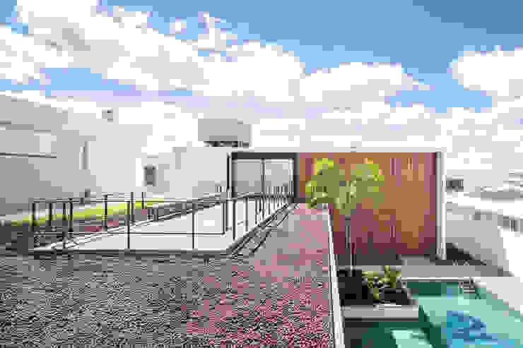 Casa R&D - Esquadra Arquitetos + Yi arquitetos Casas modernas por Joana França Moderno