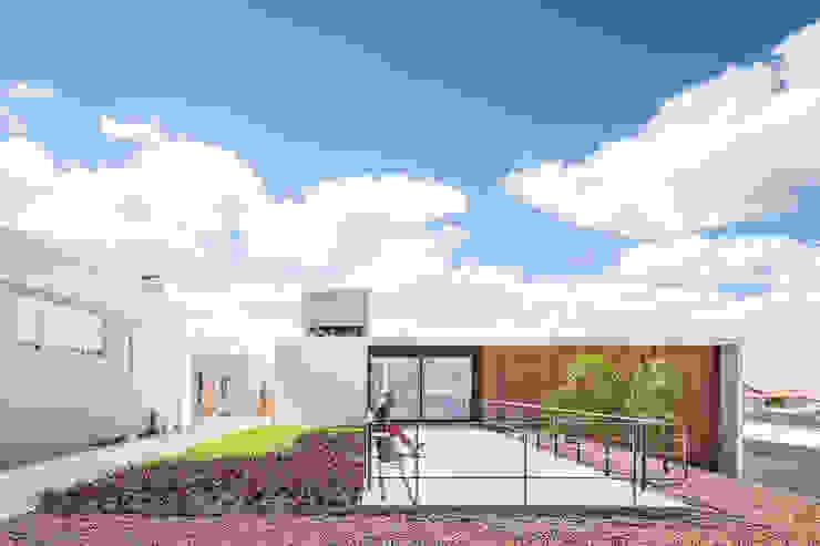Modern Houses by Joana França Modern